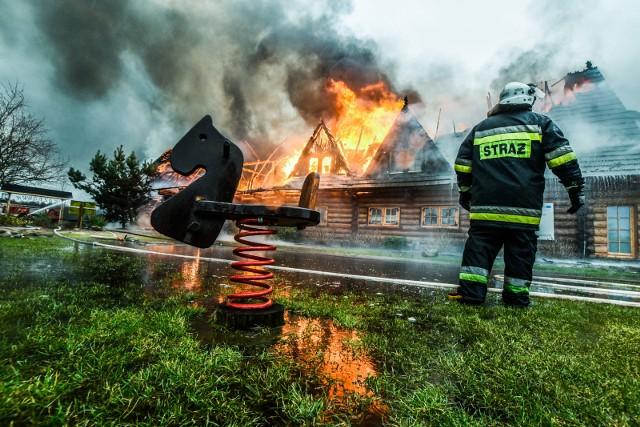 4 maja obchodzimy Dzień Strażaka, w którym dziękujemy strażakom za ich trud i poświęcenie w czasie służby. W galerii zamieszczamy zdjęcia naszych fotoreporterów z akcji gaśniczych, które prowadzone były w Bydgoszczy i regionie w ostatnich latach. ▶▶