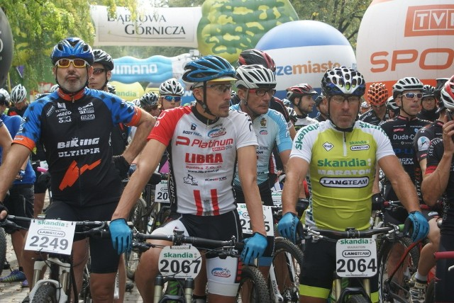 Dąbrowska edycja Skandia Maraton Lang Team zgromadziła na starcie ponad 1000 zawodników