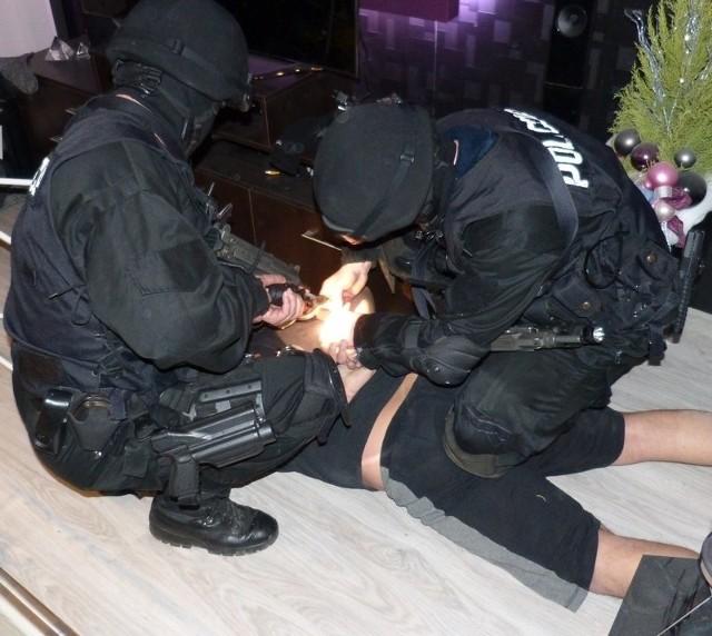 Leszno: Policja rozbiła grupę handlarzy narkotyków