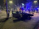 Wypadek na skrzyżowaniu Powstańców Śląskich i Hallera. Pięć osób rannych, w tym dwie ciężko
