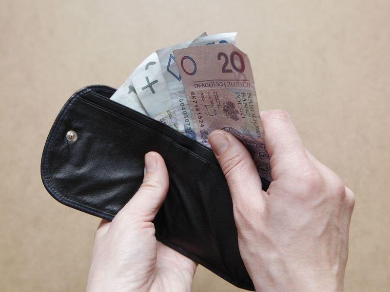 24efa553c48d3 Podkarpacka lista płac. Kto zarabia mniej niż 1500 zł netto?   Nowiny