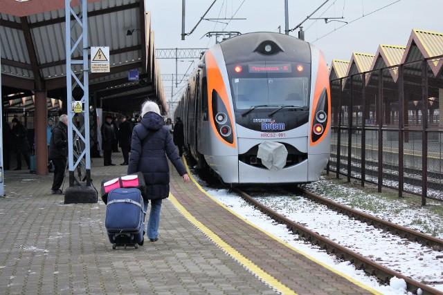 Pociąg Kijów - Przemyśl, ukraińskich kolei, kursuje od końca grudnia ub. roku.