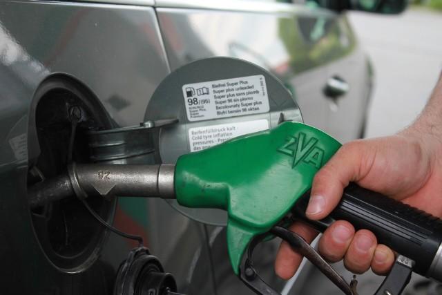 Ceny benzyny i diesla we wtorek przekroczyły na Podkarpaciu poziom 5,40 zł.