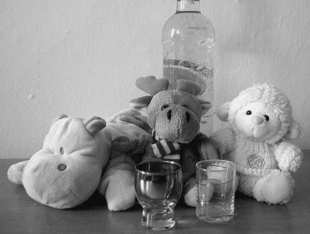 Matka dziewczynki ma blisko 3 promile alkoholu w organizmie.