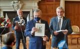 Wicepremier Piotr Gliński w Tarnobrzegu. Słynna kolekcja dzikowska sfinansowana niemal w całości przez budżet państwa (ZDJĘCIA)