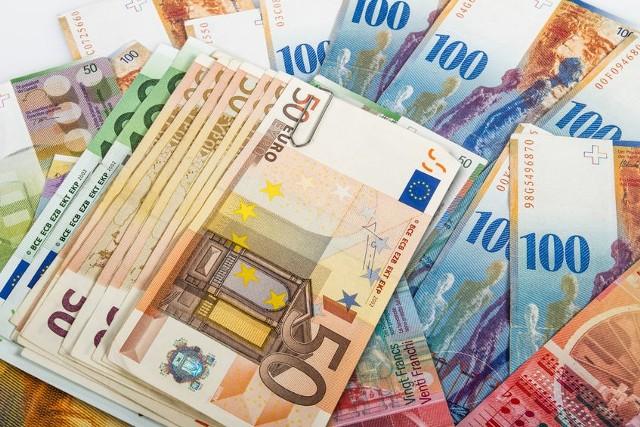 Niemal 6 tys. euro miał stracić Jarosław Radomski, jeden z naszych Czytelników przez kantor online