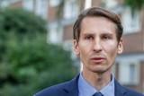 """Jest decyzja Okręgowej Rady Adwokackiej w sprawie wpisu Kacpra Płażyńskiego o """"zbydlęceniu"""" protestujących przedszkolanek"""