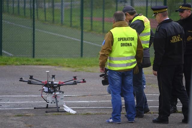 W ubiegłym roku dron toruńskiej straży miejskiej napracował się bardziej niż w roku 2019. Przy jego pomocy strażnicy interweniowali 169 razy, rok wcześniej takich interwencji odnotowali 93