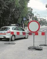Czy strażnikom miejskim wolno to, za co innych karzą?