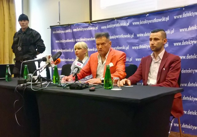 Krzysztof Rutkowski podczas wtorkowej konferencji prasowej