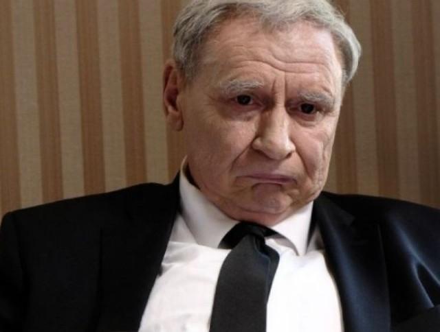 """Kadr z filmu """"Polityka"""""""