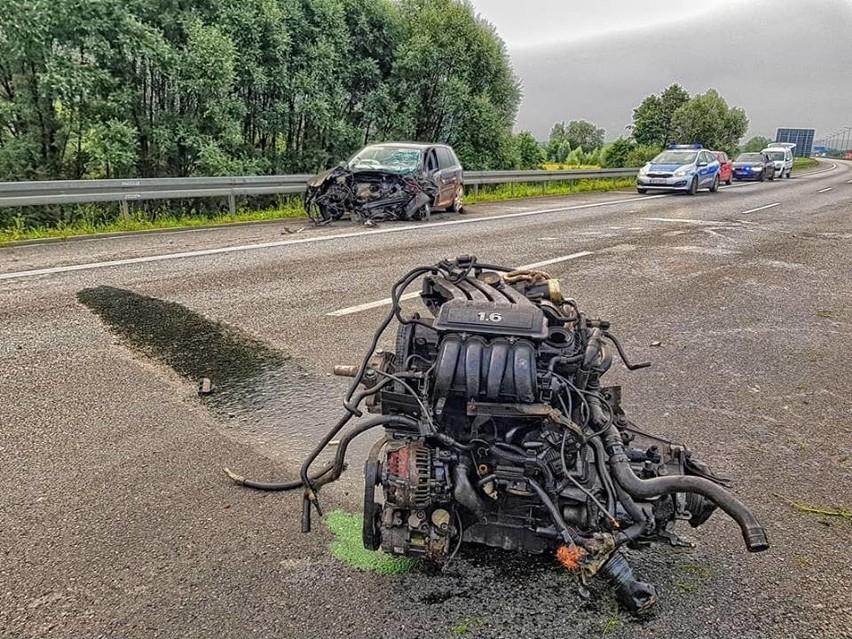 Tragiczny wypadek na autostradowej obwodnicy Krakowa. Nie żyje jedna osoba