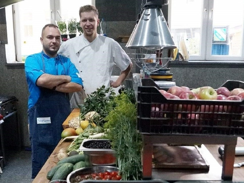 Pracują W Inowrocławskiej Restauracji Dziś Zobaczymy Ich W