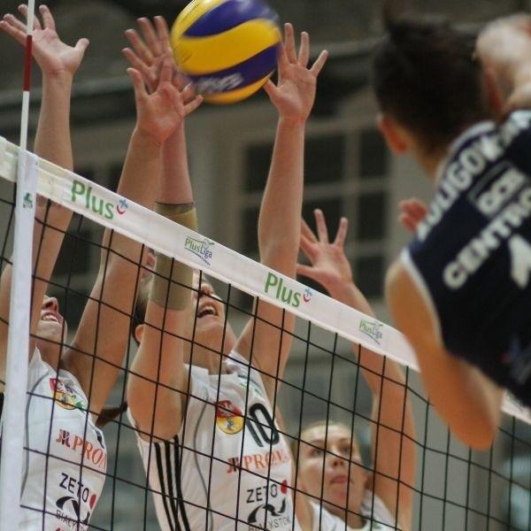 Akademiczki są coraz wyżej w tabeli Plus Ligi Kobiet i niewykluczone, że niedługo białostockiego bloku będą obawiały się najlepsze drużyny w Polsce