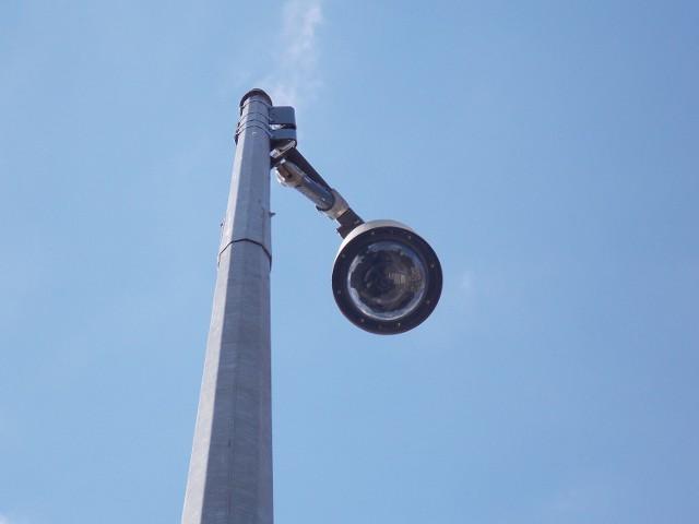 Z monitoringu korzysta coraz więcej miast. Takie kamery, jak ta na zdjęciu, monitorują ulice w Gorzowie.