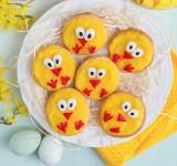 Wielkanoc 2021. Pomysłowe desery dla dzieci na Wielkanoc [PRZEPISY WIELKANOCNE]