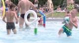 Poznań: Basen w Parku Kasprowicza już otwarty. Sprawdź cennik i godziny otwarcia pływalni [WIDEO]