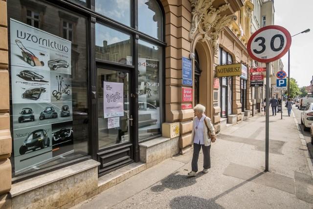 Galeria Stan Użytku znajduje się przy ul. Śniadeckich.
