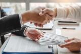 Pożyczki prywatne a chwilówki – porównanie dwóch rodzajów pożyczek pozabankowych