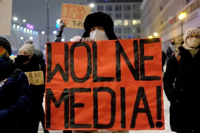 """Media bez wyboru: """"Nałożenie na media podatku od reklamy oznacza podwójne opodatkowanie. Nowa danina narusza konstytucyjne zasady równości"""""""