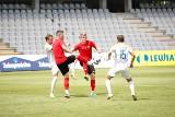 Fortuna 1 Liga. Korona Kielce gra z Łódzkim Klubem Sportowym. To jej czwarty letni sparing (TRANSMISJA WIDEO)