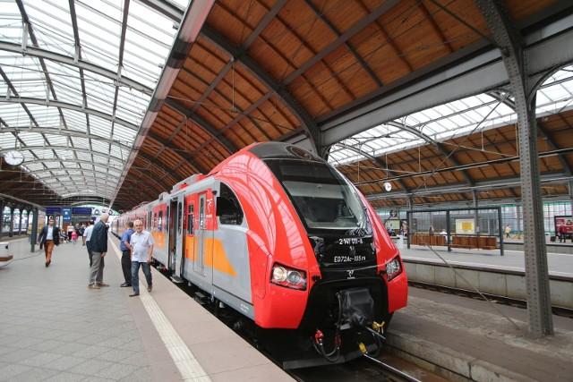 Zmodernizowany pociąg Przewozów Regionalnych