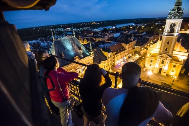 W sobotę będzie okazja zobaczyć nocny Toruń z wieży ratuszowej