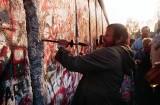 30. rocznica upadku muru berlińskiego. Fakty, przyczyny i nowe odkrycia [ZDJĘCIA]