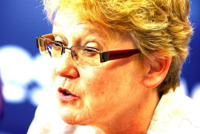 Barbara Kuźniar-Jabłczyńska od maja 2008 roku była dyrektorem podkarpackiego oddziału NFZ. Zbierała głównie pozytywne opinie o swojej pracy.