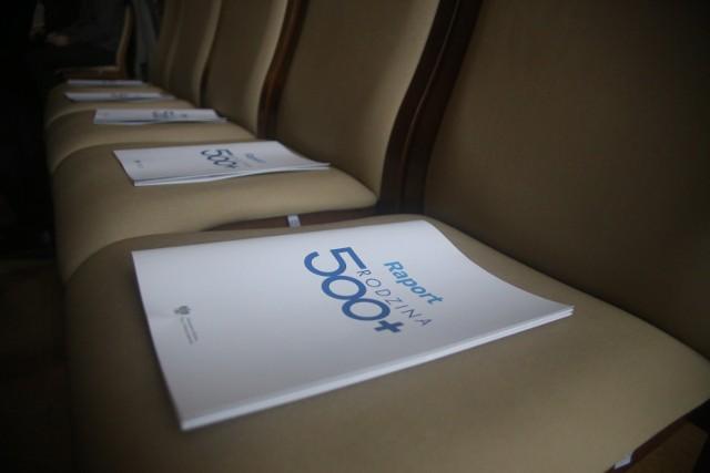 Zmiany w świadczeniu 500 plus zaczną obowiązywać w styczniu 2022