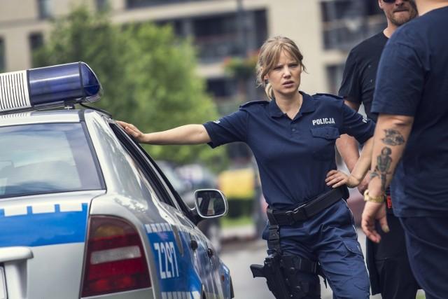 """1 listopada 2016 roku na ekrany kin trafi """"Pitbull. Niebezpieczne kobiety"""", a z nim słupska Szkoła Policji"""