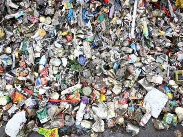 Szczecin: deklaracje śmieciowe wydłużone do piątkuSzczecin: deklaracje śmieciowe wydłużone do piątku
