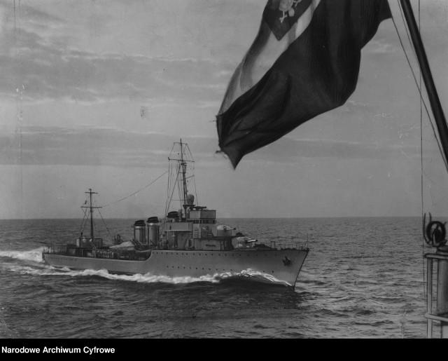 ORP Wicher na morzu - lata 30 XX w.