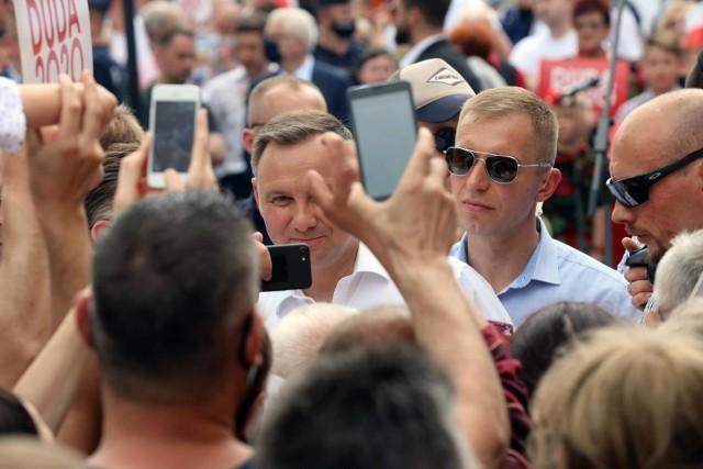 """Media światowe zauważyły słowa prezydenta Andrzeja Dudy, że """"ideologia LGBT"""" jest gorsza niż komunizm"""". Jakie reakcje? Komentarze? Opinie?"""
