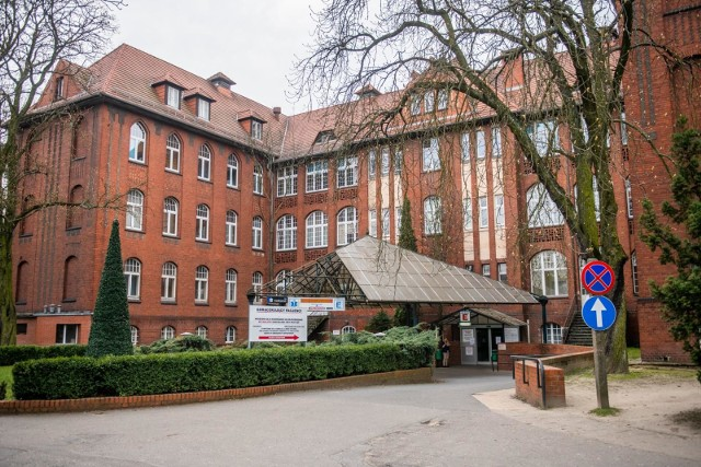 Informacje o zakażeniu u pielęgniarki ze szpitala przy ul. Przybyszewskiego potwierdza sanepid.