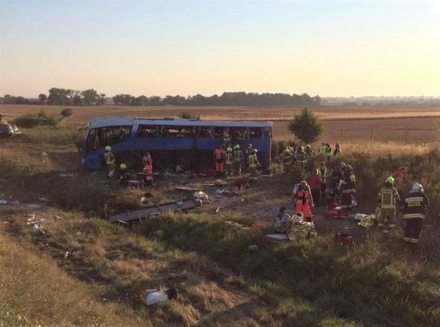 Wypadek autokaru z dziećmi na A1 koło Tczewa. Jechały nim dzieci z Żabnicy