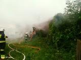 Ostra Góra. Pożar domu gasiły zastępy z sześciu jednostek straży pożarnej (zdjęcia)