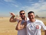 Kadra piłkarzy ręcznych już w kraju. Na koniec pobytu w Egipcie nareszcie mieli czas na piramidy