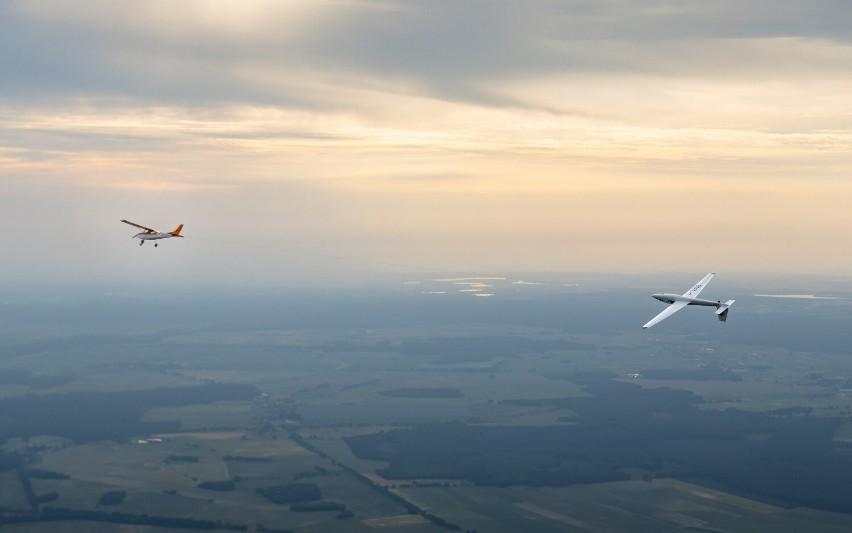 Guy Westgate, brytyjski pilot z grupy aeroSPARX, pobił w...