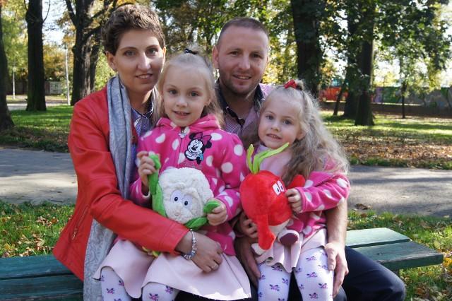Mąż Marcin i córeczki Ola i Ada to największe miłości życia Joanny. To dla nich muszę wygrać - mówi