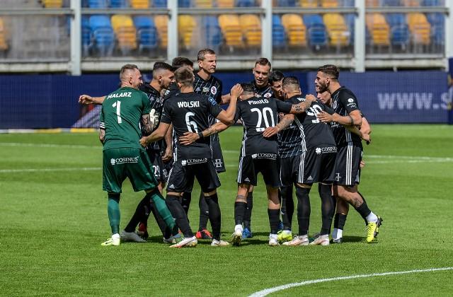 Piłkarze ŁKS przed meczem z Arką