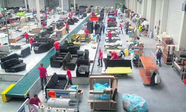 Czy fabryka naruszała prawa pracowników?