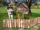 Nowa atrakcja w sandomierskim Parku Piszczele. W parku pojawił się hotel – domek dla owadów [ZDJĘCIA]