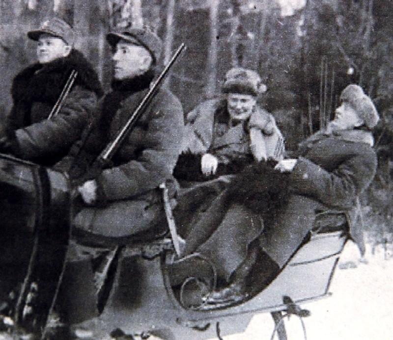 Goering (z lewej) i prezydent Mościcki w drodze na...