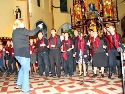 Koncert gospel w kościele w Zębowicach.