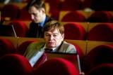 """Zbigniew Klimaszewski, białostocki radny PiS, żąda usunięcia z Galerii Arsenał """"rażąco wulgarnych treści"""""""