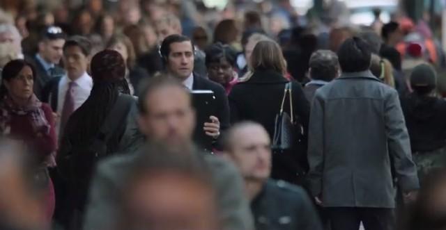 """Jake Gyllehaal jako bankier w filmie """"Demolition"""""""