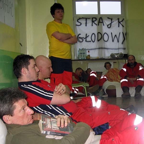 Głodówka w szpitalu w Lesku trwa już cztery doby. Porozumienia między protestującymi a dyrekcją wciąż nie ma.