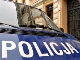 Kradzionym fordem uciekali przed policją. Padł strzał