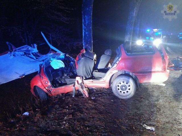 Tragiczny wypadek pod Przechlewem. Kierowca zginął na miejscu.